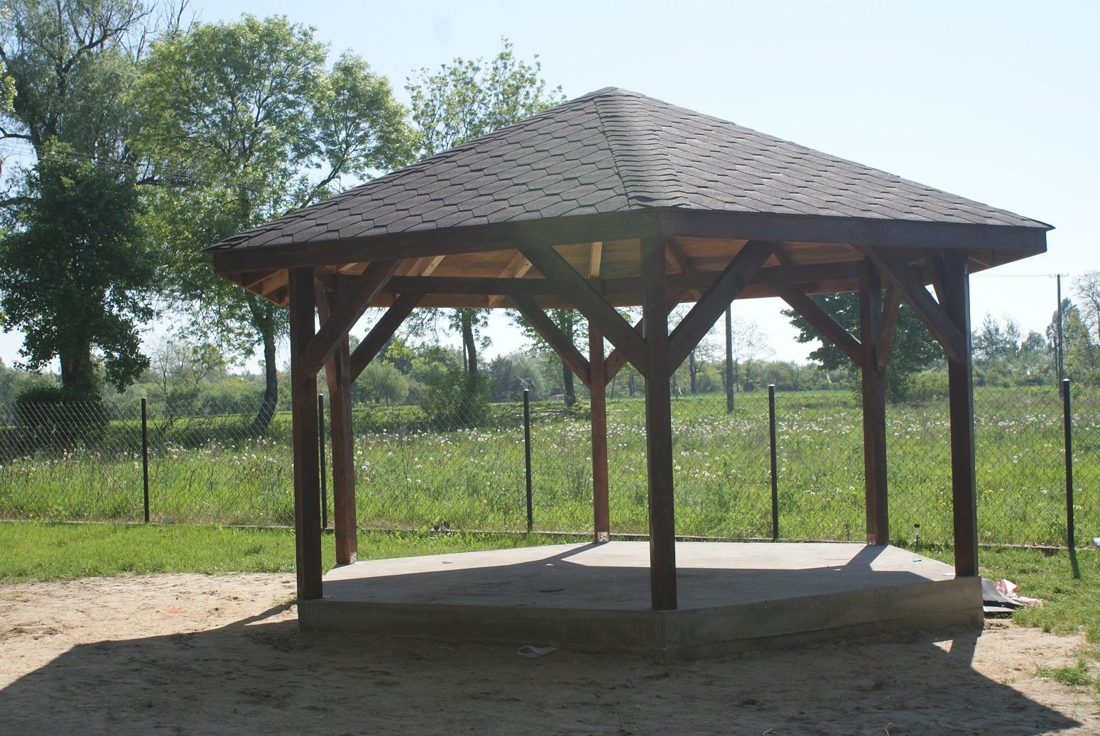 Meble Ogrodowe Drewniane Wodzisław Slaski : Altany Wiaty Meble Ogrodowe Regały Sklepowe Z Miękkiego Drewna